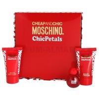 Скидка Moschino - Cheap and Chic Chic Petals  - Gift Set - Подарочный набор для женщин - Туалетная вода 4.9 мл + Гель для душа 25 мл + Лосьон для тела 25 мл